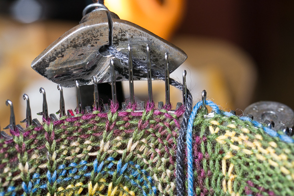 Switch to waste yarn (black) and knit a few rows.
